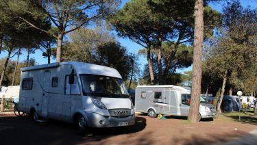 Emplacement pour camping-car