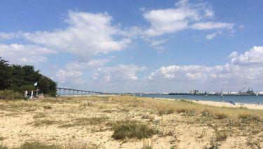 Vue sur le pont et la Rochelle